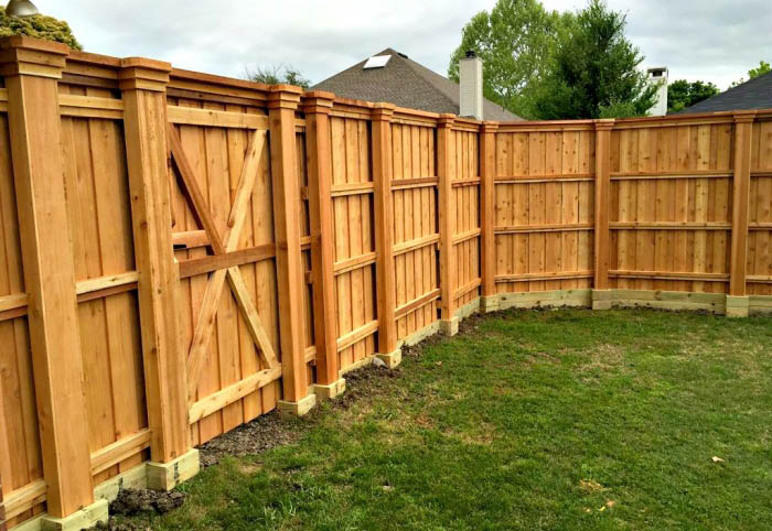 Hop Landscaping - fences - fence building - Seattle, WA