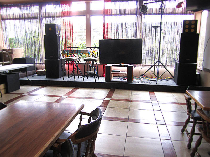 Karaoke every Friday and Saturday night at Hunan Palace Chinese Restaurant in Everett, WA - karaoke near me - karaoke in Everett
