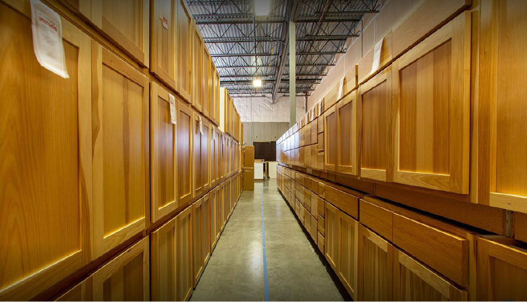Huntwood Cabinet Outlet in Lakewood, WA - buy cabinets near me - cabinets at great prices - kitchen cabinets
