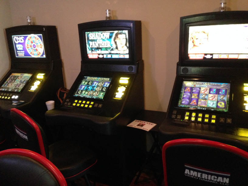 Video Slots at Purple Onion Restaurant in Homer Glen, IL.