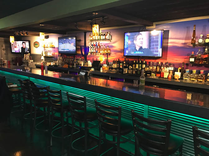 Enjoy drinks and an appetizer at our bar!
