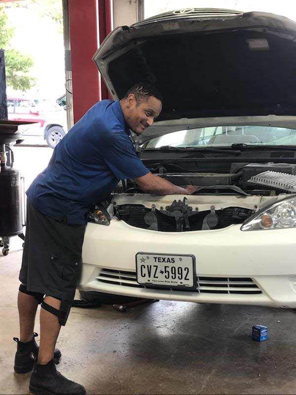 Parker Road Automotive Oil Change in Wylie, TX