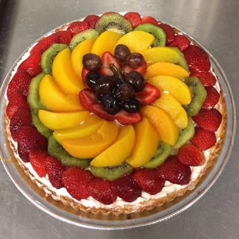 Delicious fruit tart cake