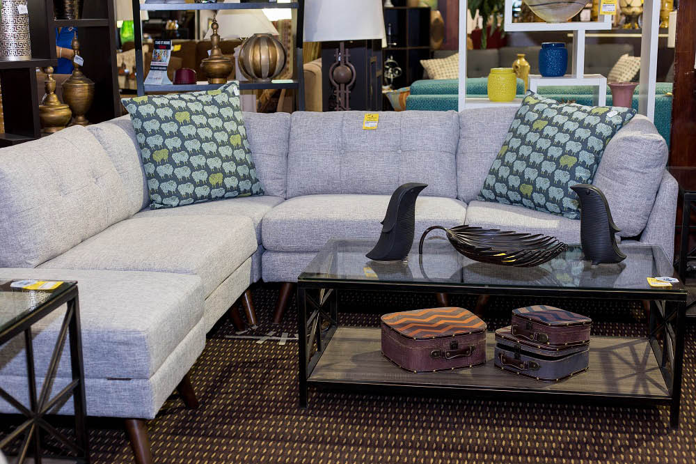 wholesale price furniure, new and used furniture stores in Phoenix, AZ
