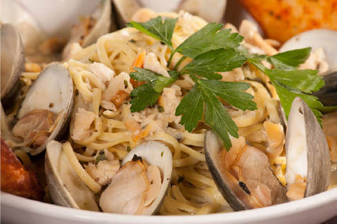 iggy's doughboys & chowder house linguine with clams