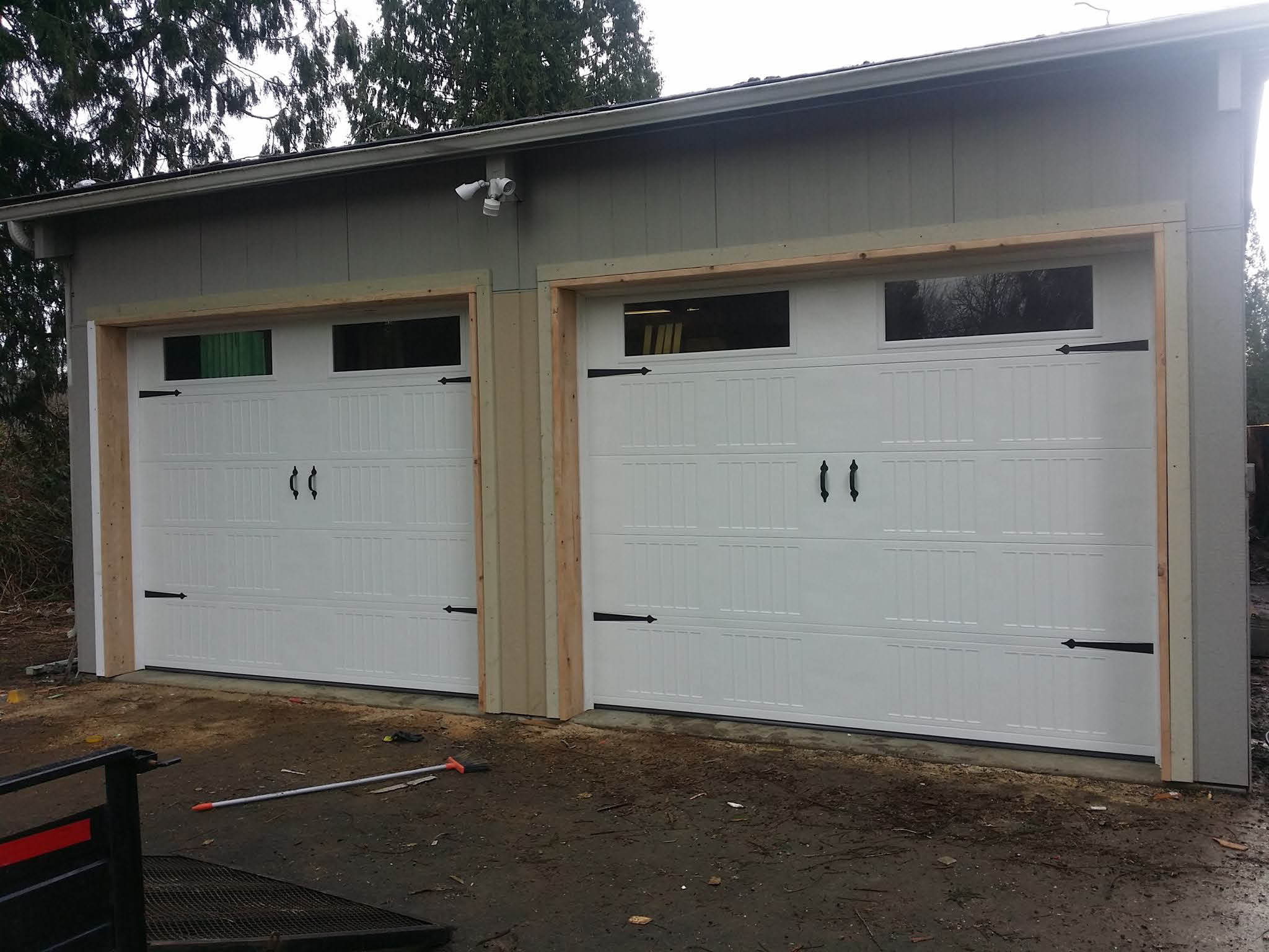 Independent garage doors llc local coupons march 15 2018 garage door repair and garage door installation from independent garage doors in tacoma wa rubansaba