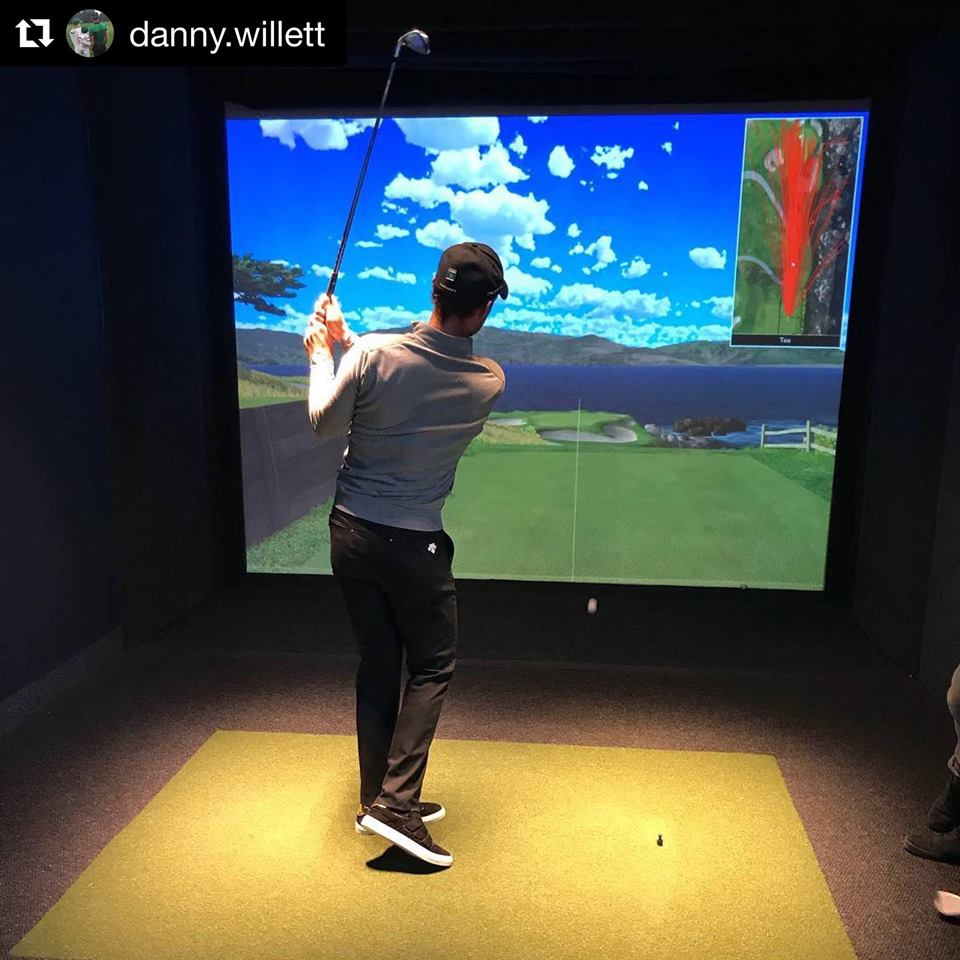 Practice your swing at Indoor Golf Links.