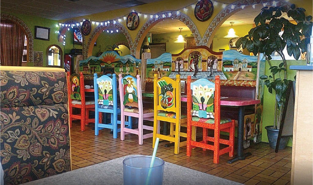 Inside El Tapatio Family Mexican Restaurant and Taqueria in Everett, WA - - Snohomish, WA - authentic Mexican food - full bar - Mexican food coupons near me - Mexican restaurant coupons near me