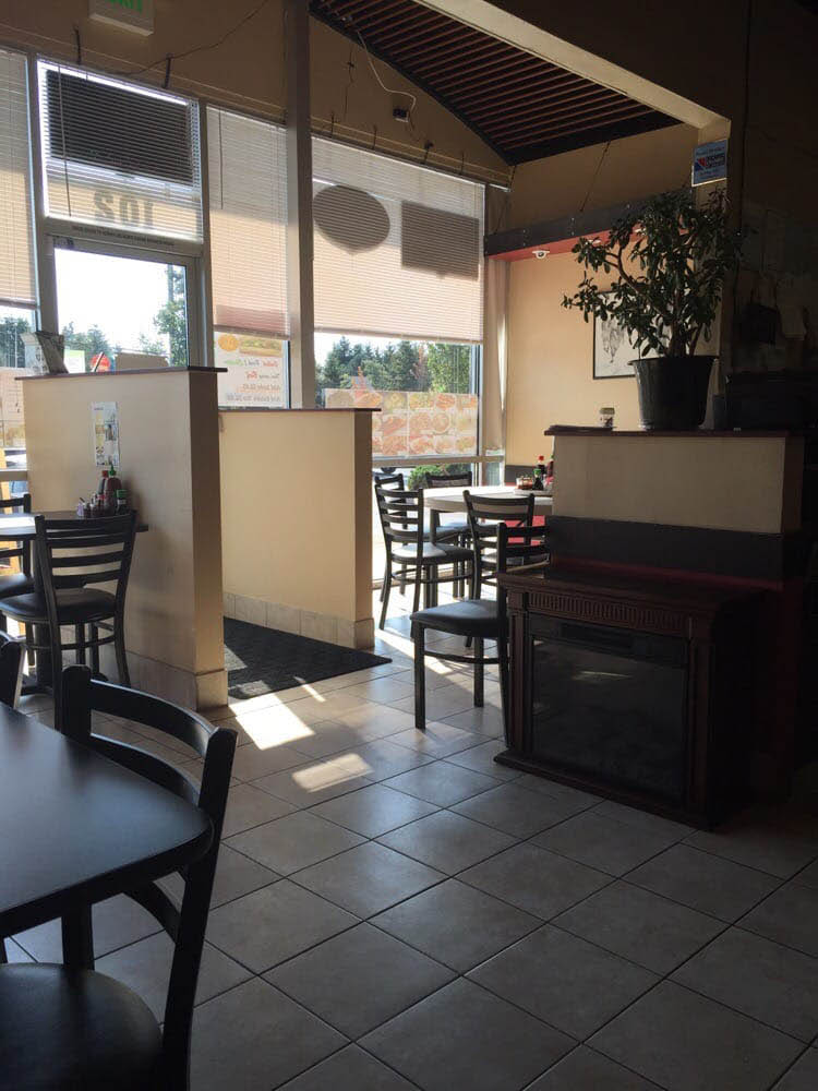 Inside Fortune Noodle House - Renton, WA - Fortune Noodle House interior - family friendly atmosphere