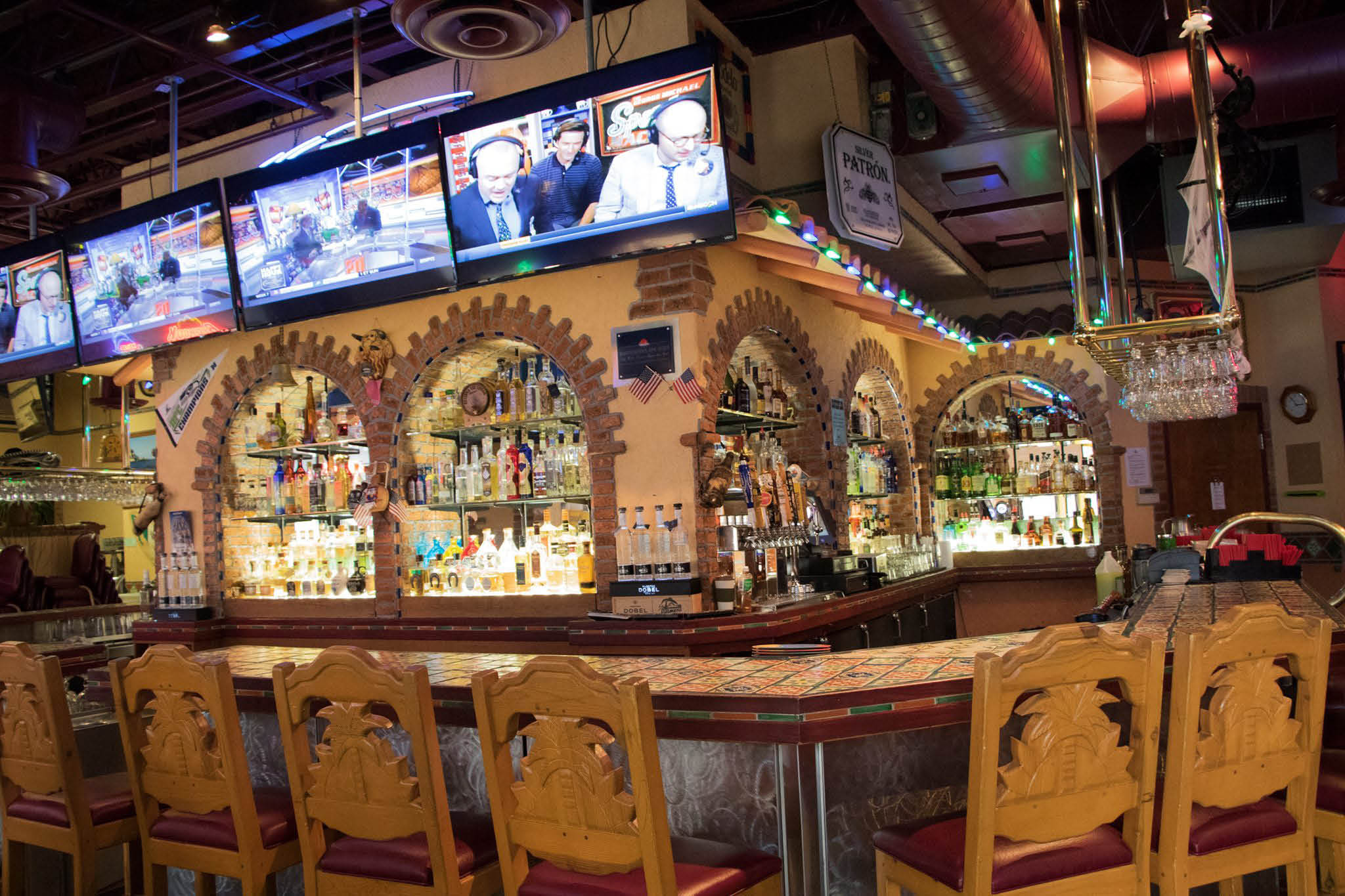 Inside La Palmera Family Mexican Restaurant & Lounge in Everett, WA and Mill Creek, WA - authentic Mexican food