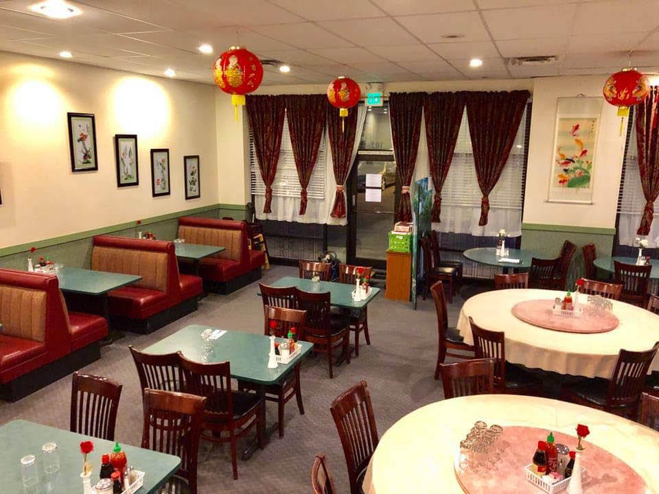 Inside Rose Garden Chinese Restaurant in Puyallup, WA - South Hill - Chinese food in Puyallup - Chinese food near me - Chinese restaurants near me