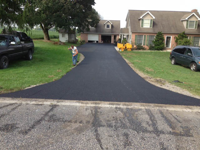 Interstate Paving, Pavement, Sealcoating, Tar & Chip,