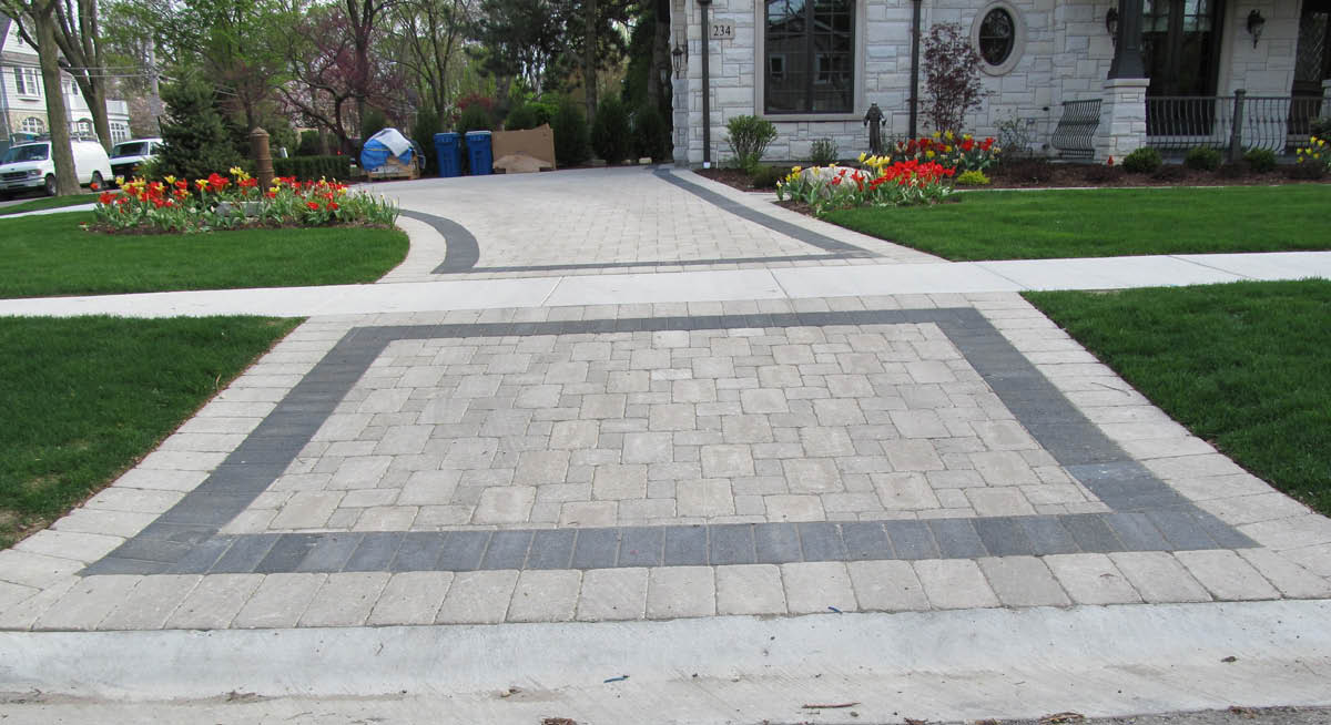 J&E Nursery has provided brick and patio paver installation services for decades in the Libertyville, IL area and surrounding communities.