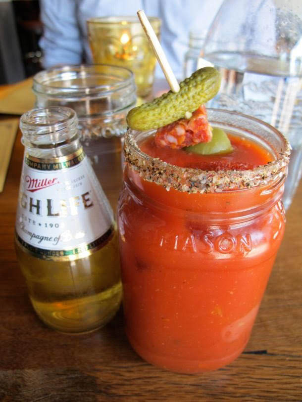 happy hour drink specials, friday restaurant deals, happy hour spots, happy hour menus