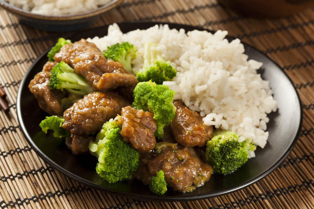 beef and broccoli, white rice, stir fry