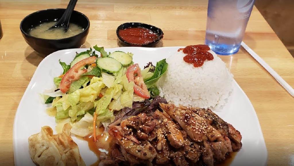 Chicken Teriyaki - enjoy a delicious teriyaki meal from Jin Sushi Japanese Restaurant in Lakewood, WA - sushi restaurants near me - teriyaki near me