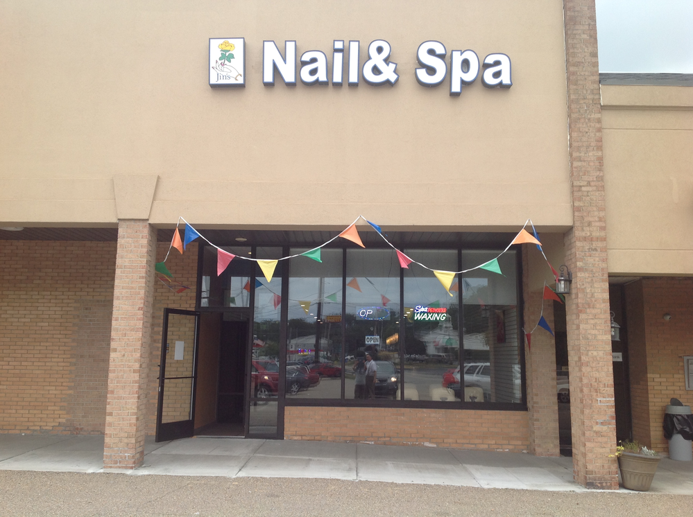 Photo of the nail spa in Allison Park PA