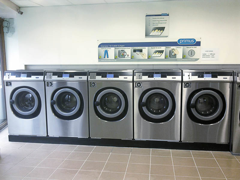 John's Cleaners in Shoreline, Washington offers a high tech, self-service laundromat - we can do your laundry for you at John's Cleaners - Shoreline laundromats - Seattle laundromats