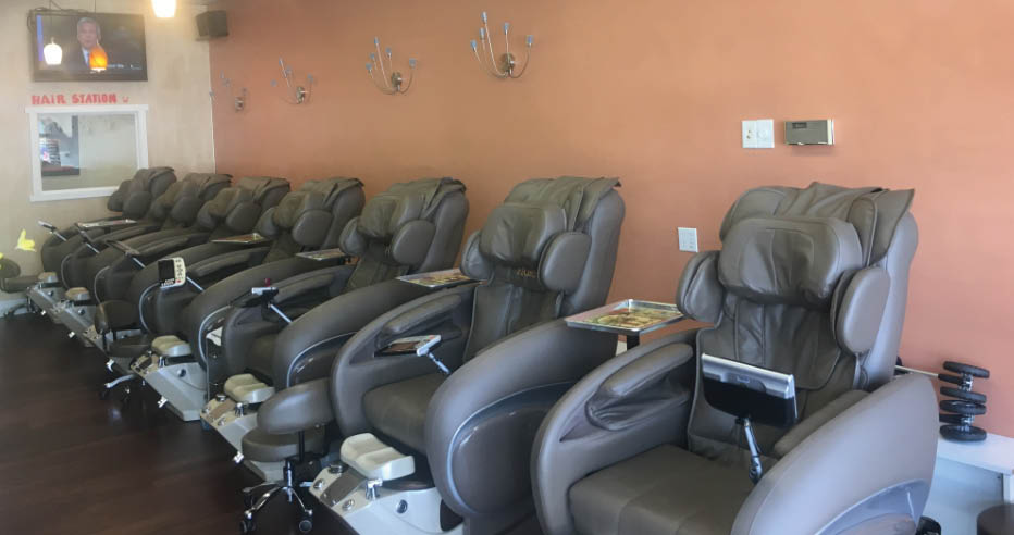 Keratin Nails and Spa - nail salon - Lynnwood, WA - pedicures - spa pedicure chairs