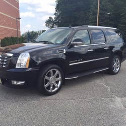 SUV limousine service provided by Knight Riders in Hackettstown NJ