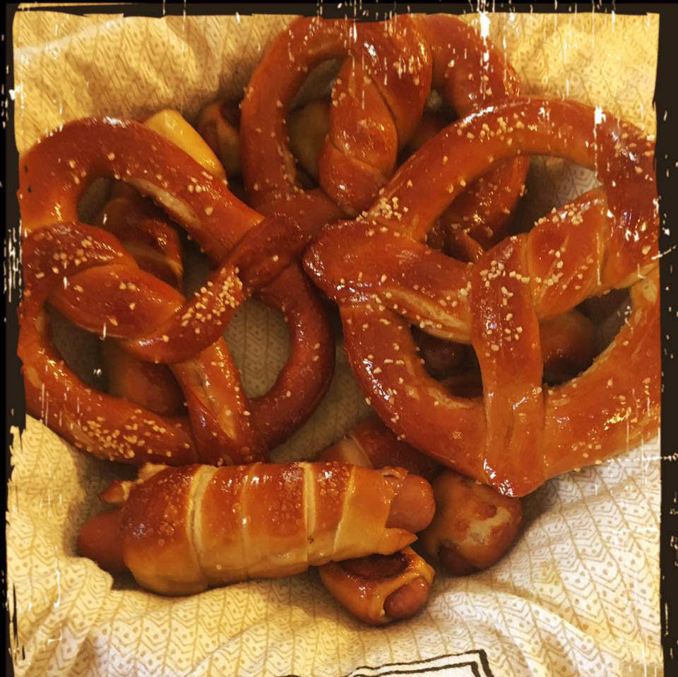 Coupons for Le Bon Union, NJ - Union Le Bon - Le Bon Pretzels in Union - 07083 Food Coupons