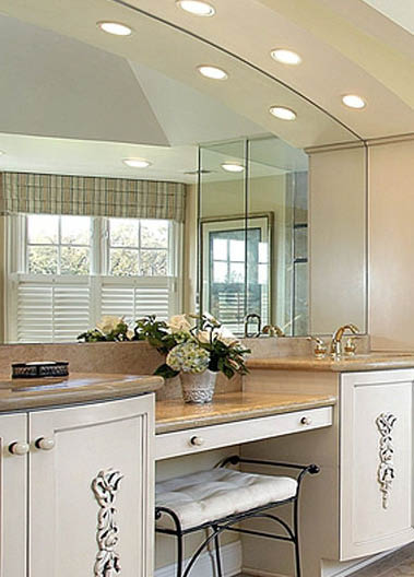 Lacey Glass at Home - custom mirrors - table tops - custom glass - glass installation - mirror installation - Lacey, WA