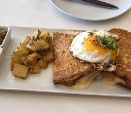 Breakfast restaurants near Seal Beach
