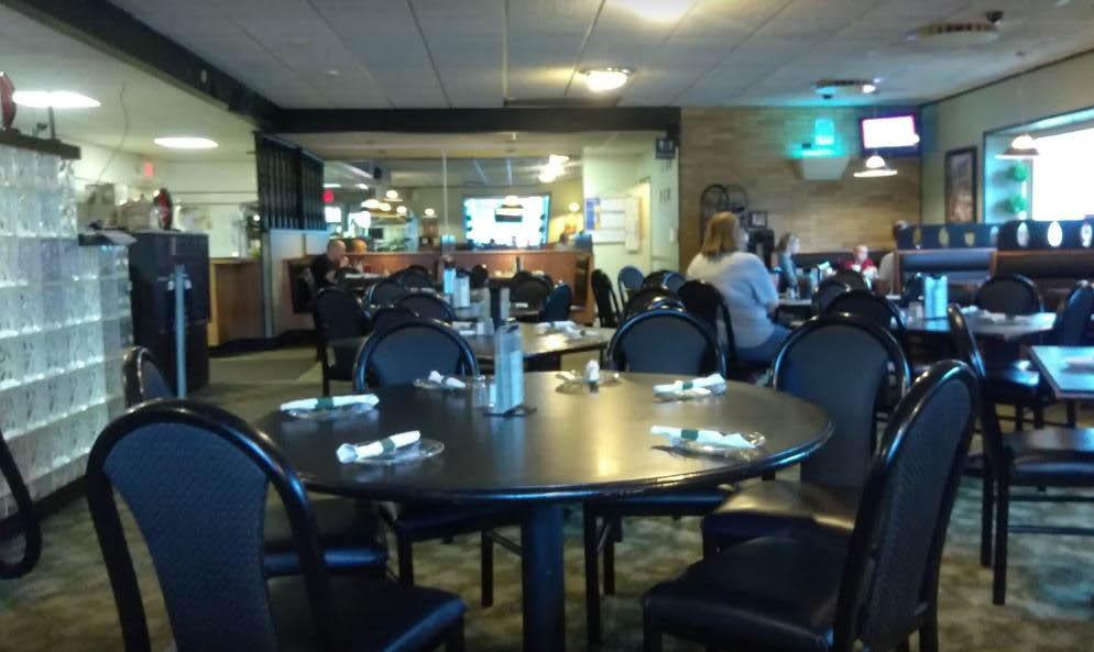 photo of interior of Latina Restaurant in Flint, MI