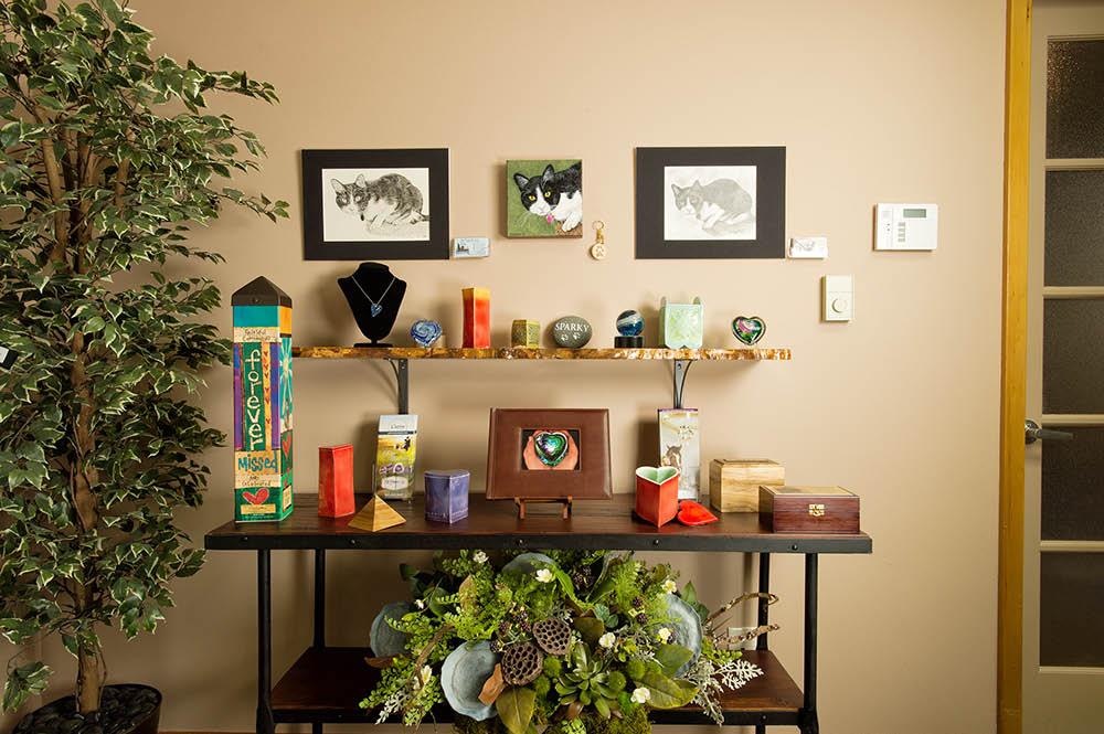 keepsake, ornament, art, jewelry, urns, memory of pet, laser-engraved,