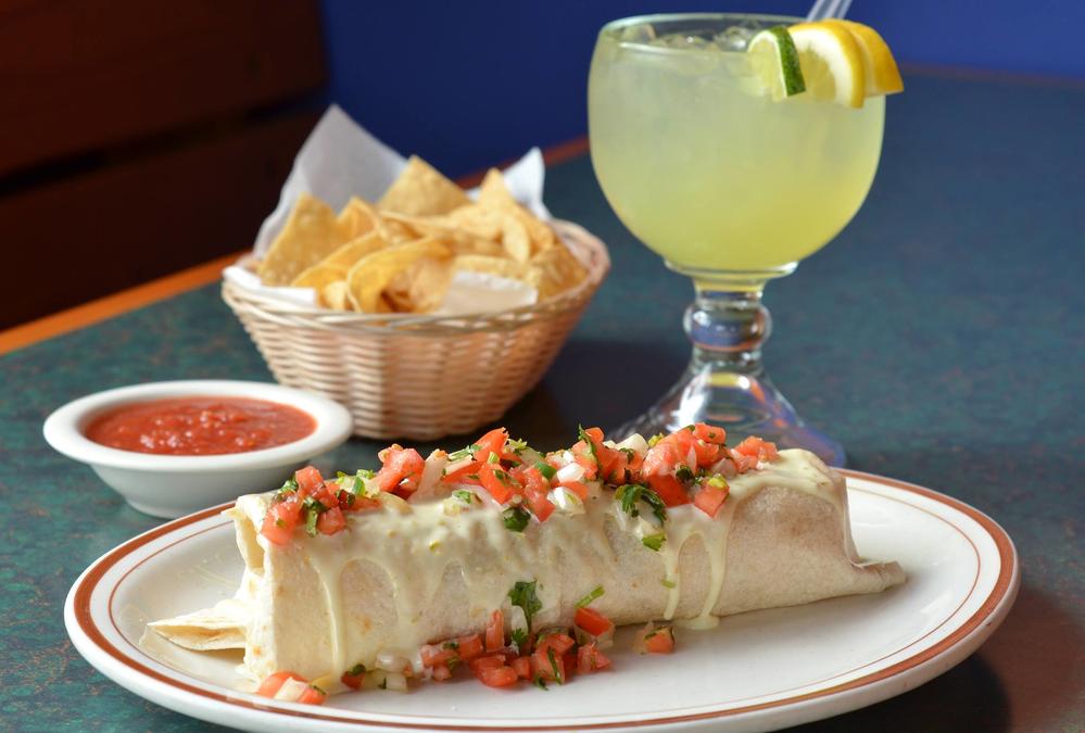 Mexican, food, margaritas, tacos, burritos, drinks, Fresh, Tamales, Nachos, Fast, Friendly, Family, Salsa, Guacamole, Chips