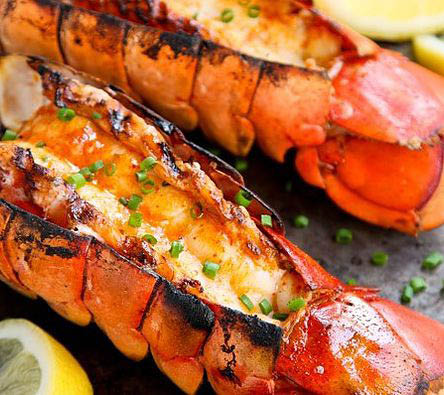 Fresh grilled lobster with lemon butter