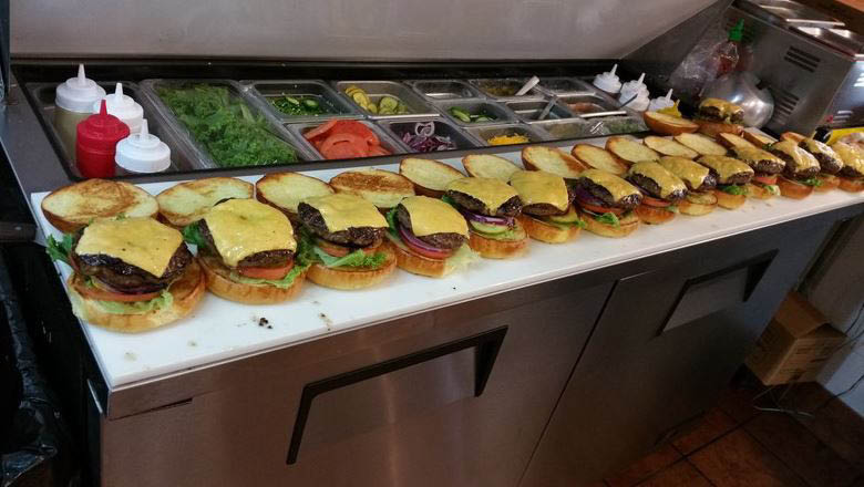 The Burger Shack, Burgers, cheese burgers, french fries, pickles, hot dogs, shakes, malts, salads, chicken tenders, wings, sliders, Ashburn, VA