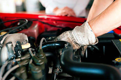 Complete automotive repair from Louis' Automotive Services in Federal Way, WA - general auto repair - Federal Way auto repair shop