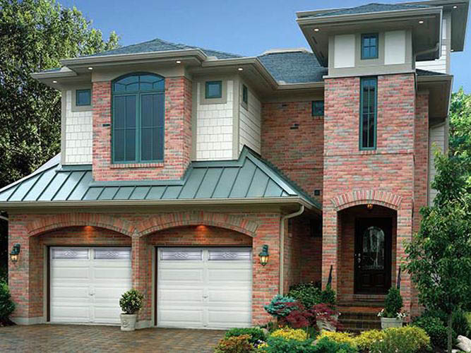 Garage door installation services close to Sun Prairie, WI