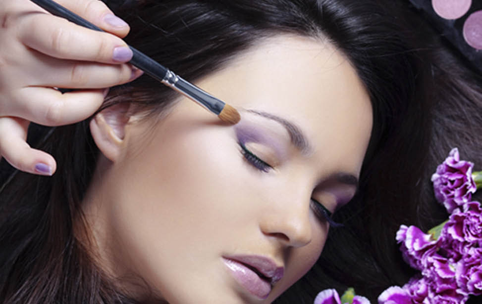 Eyeliner at beauty salon near Johns Creek