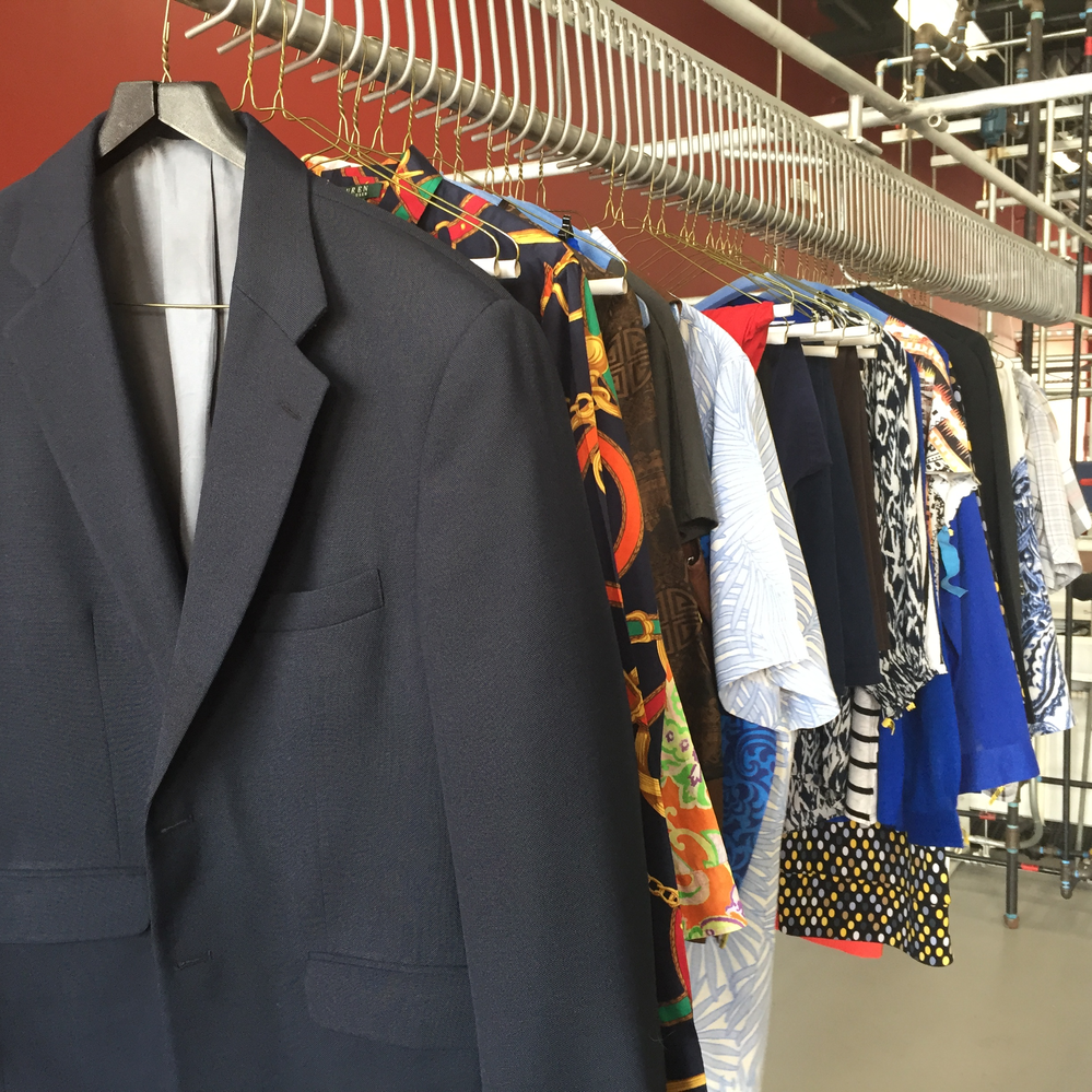 Men's suits, shirts and ties dry cleaners in Sarasota