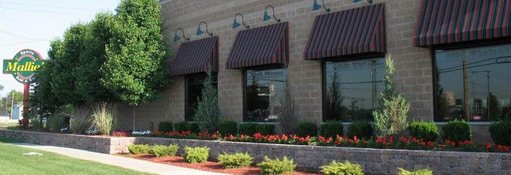 photo of exterior of Mallies's Sports Grill in Southgate, MI
