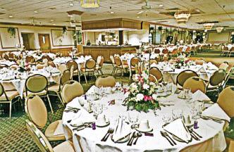 Banquet room at Mam Luigi's located in Bridgeview, Il.