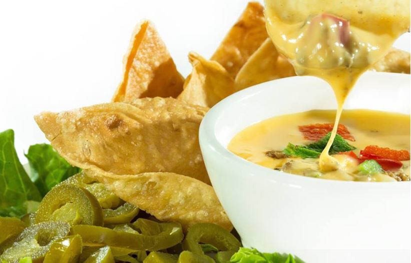 Cheese nachos with jalapeno dipping sauce