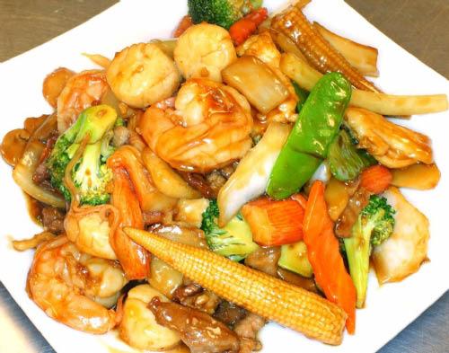Entree available at Mandarin Garden