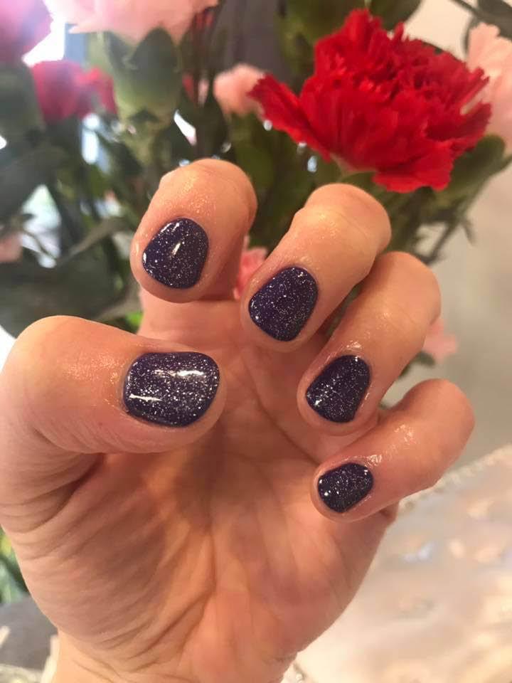 ST Hair Salon & Spa - Redmond, WA - manicures - shellac manicure - gel manicure - manicures near me - nail salons near me - manicure coupons near me - nail salon coupons near me