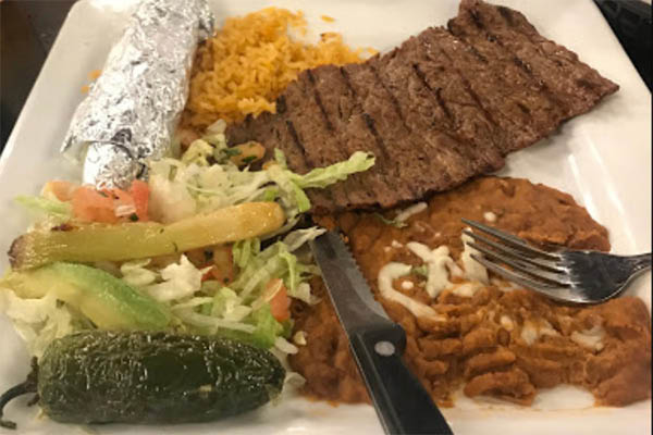 Vieja steak with rice & beans