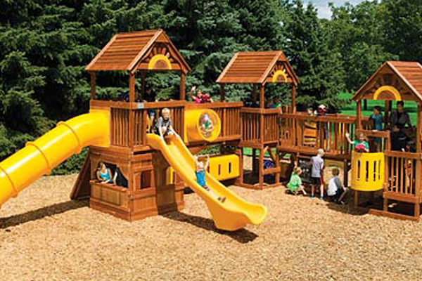 Photo of Commercial Rainbow Play Systems Swing Set in Madison, WI