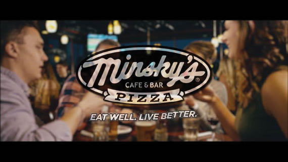 gourmet pizza in Kansas City, pizza in lee's summit, minskys pizza kansas city, pizza delivery in lee's summit, pizza in blue springs, bars in lee's summit