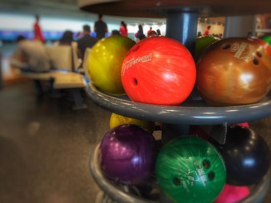Mission Bowl - Olathe's Bowling Place!!