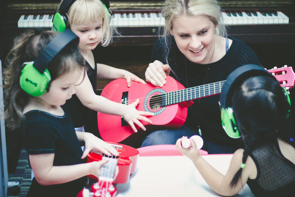 Music lessons in Seattle, WA - Music classes in Seattle, WA - Academy of Music & Dance in Shoreline and Ballard - Edmonds, WA - music classes near me - music lessons near me - guitar lessons
