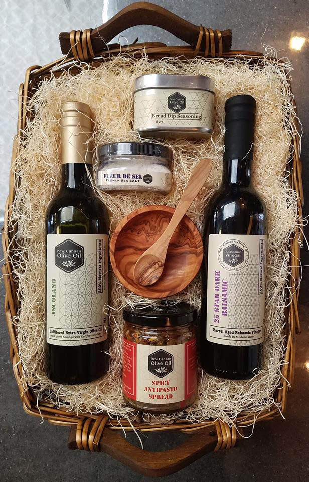 Olive Oil Gift Basket ensemble