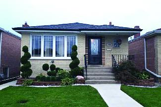 7751 Merrimac located in Burbank, IL.