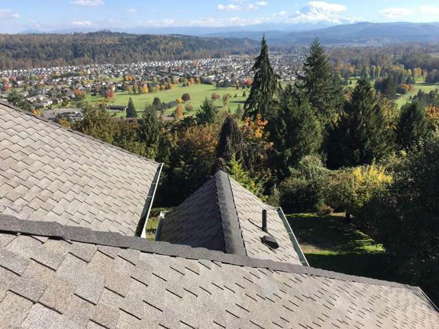 Brand new beautiful roof installed by Guardian Roofing - roofers near me - roofing contractors near me - roofing companies near me - replace my roof - repair my roof - roofer coupons near me