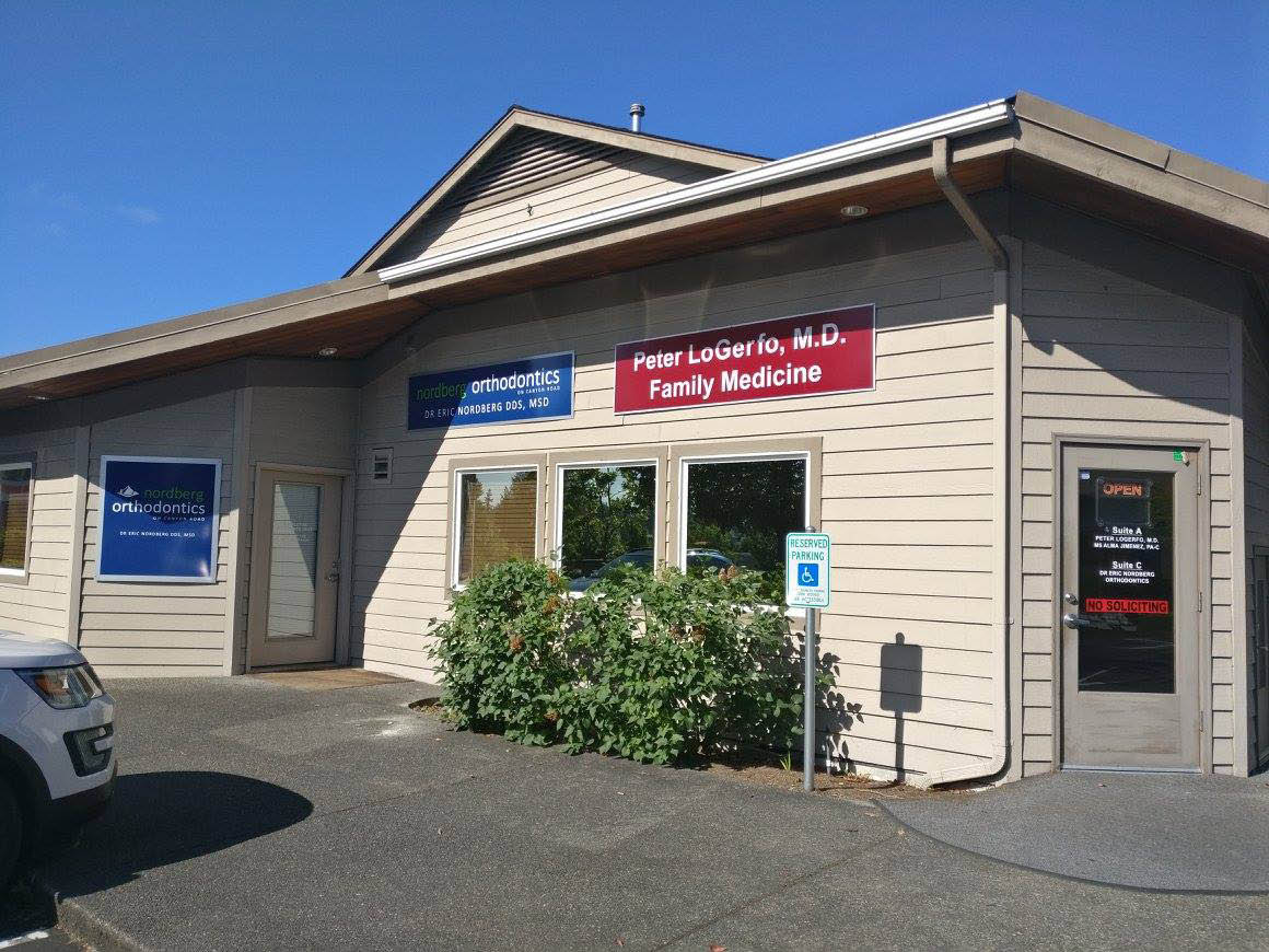 Exterior of Nordberg Orthodontics in Puyallup, Washington - Puyallup orthodontist office - Puyallup orthodontists